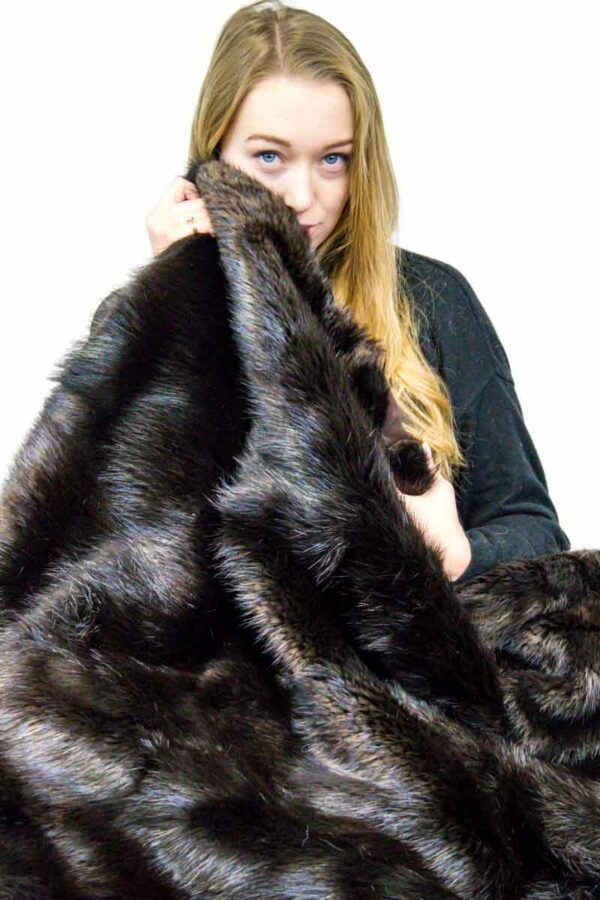 Mahogany Dyed Beaver Blanket