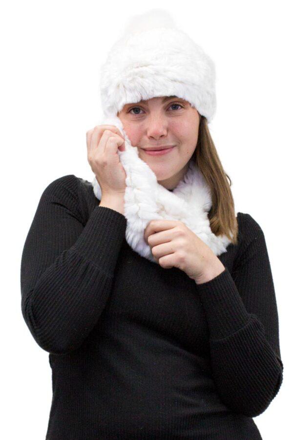 Rex Rabbit Diamond Knit Infinity Scarf