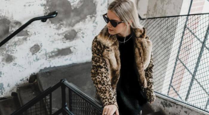 Morris Furs Shop fur Coats